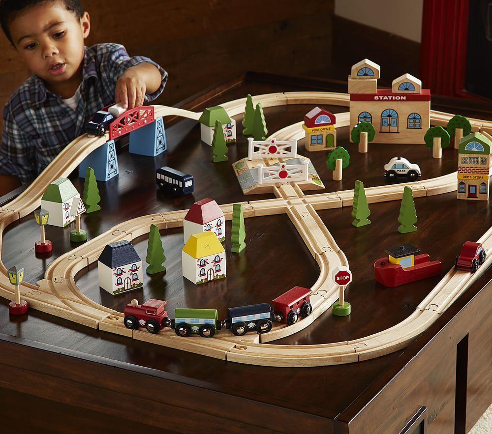 Town and Country Wooden Train Set
