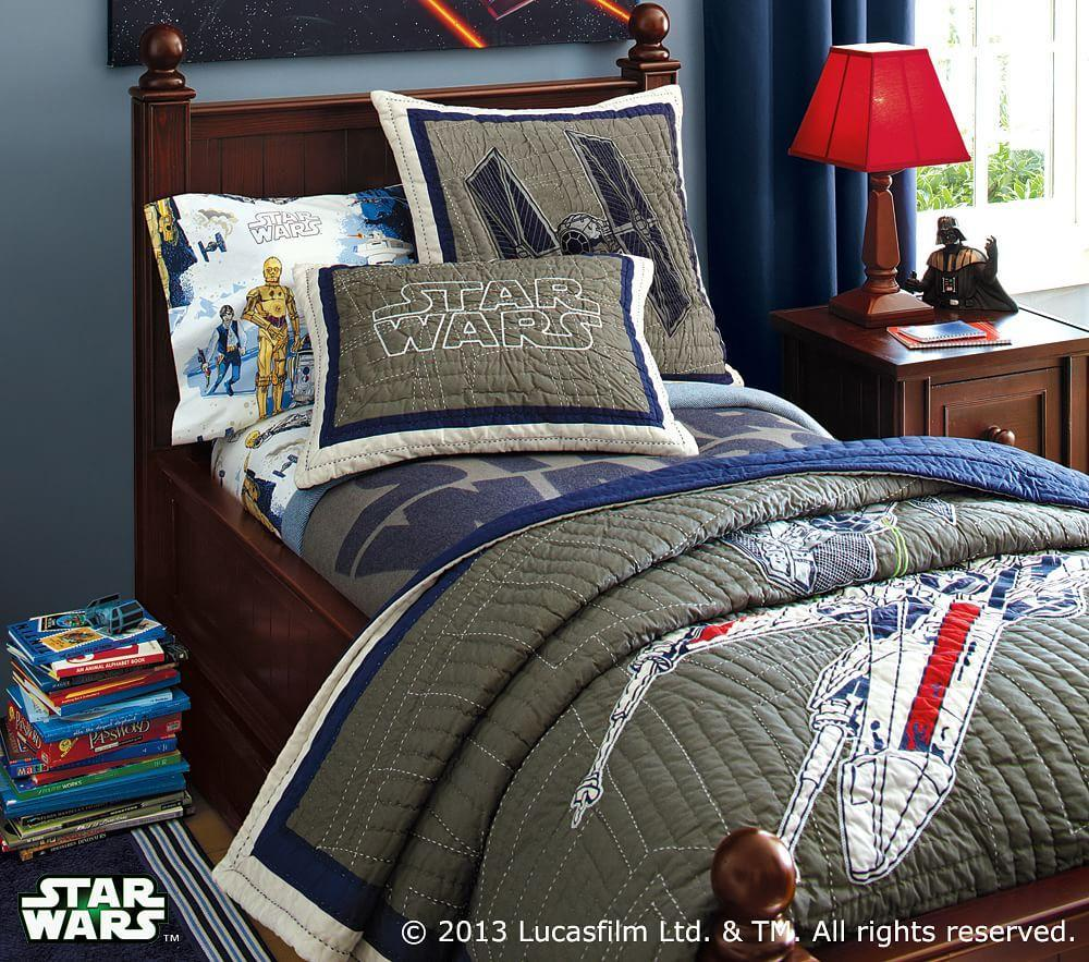 Star Wars Bedroom: Star Wars™ X-Wing & TIE Fighter™ Quilted Bedding