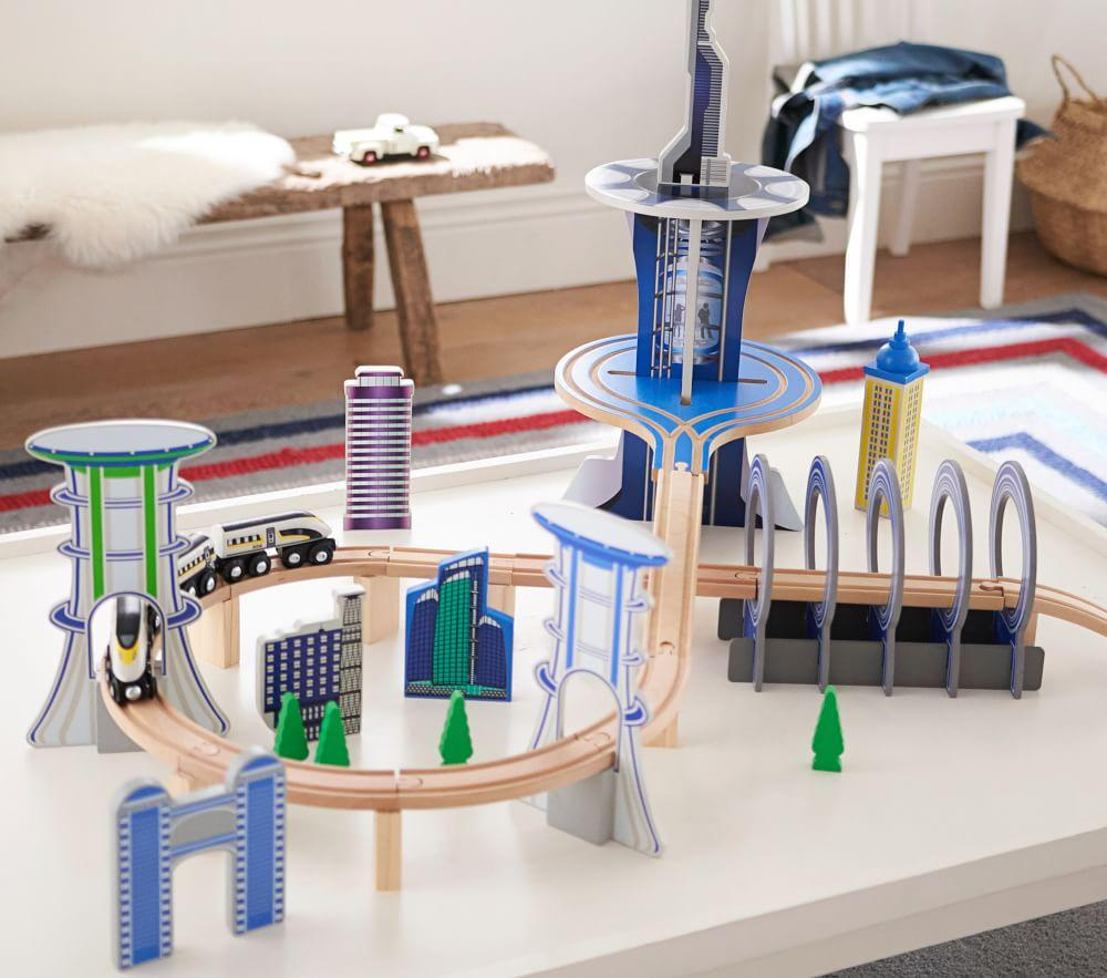 Wooden Metropolis Play City Train Track Set