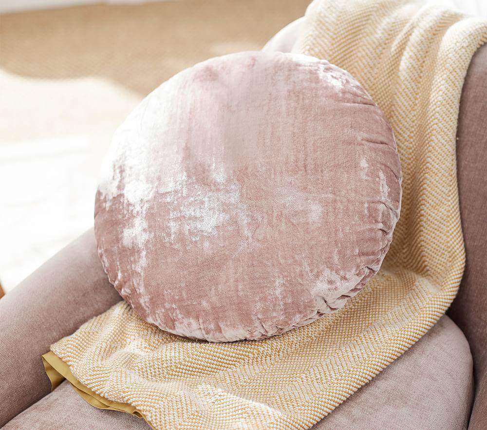 west elm x pbk Round Lush Velvet Cushion