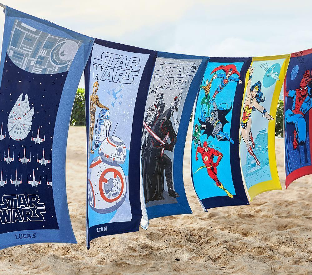 <em>Star Wars</em>™ Droid™ Beach Towel