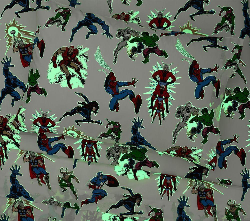 Glow-in-the-Dark Marvel Heroes Sheet Set