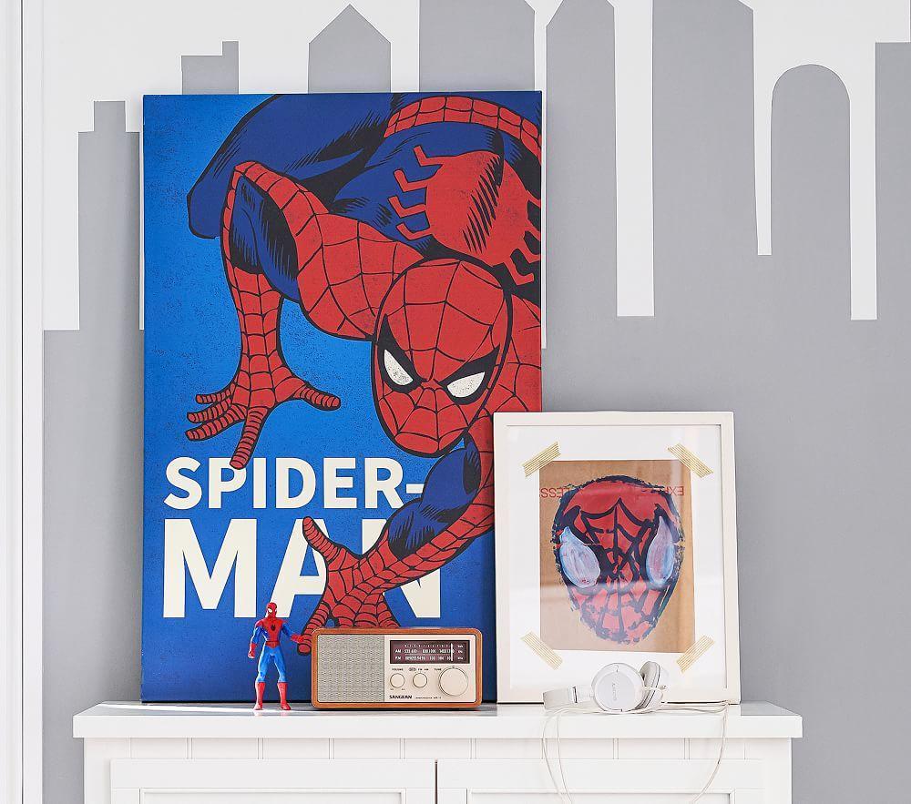 Marvel Super Heroes Glow In the Dark Art, Spider-Man