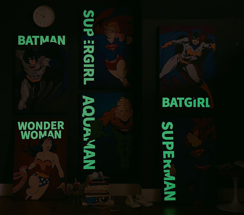 DC Comics Glow In The Dark Art, BATMAN&#8482