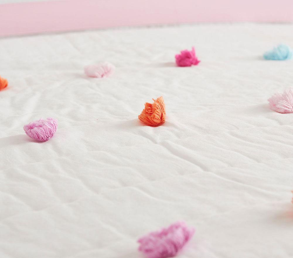Bright Pom Pom Comforter