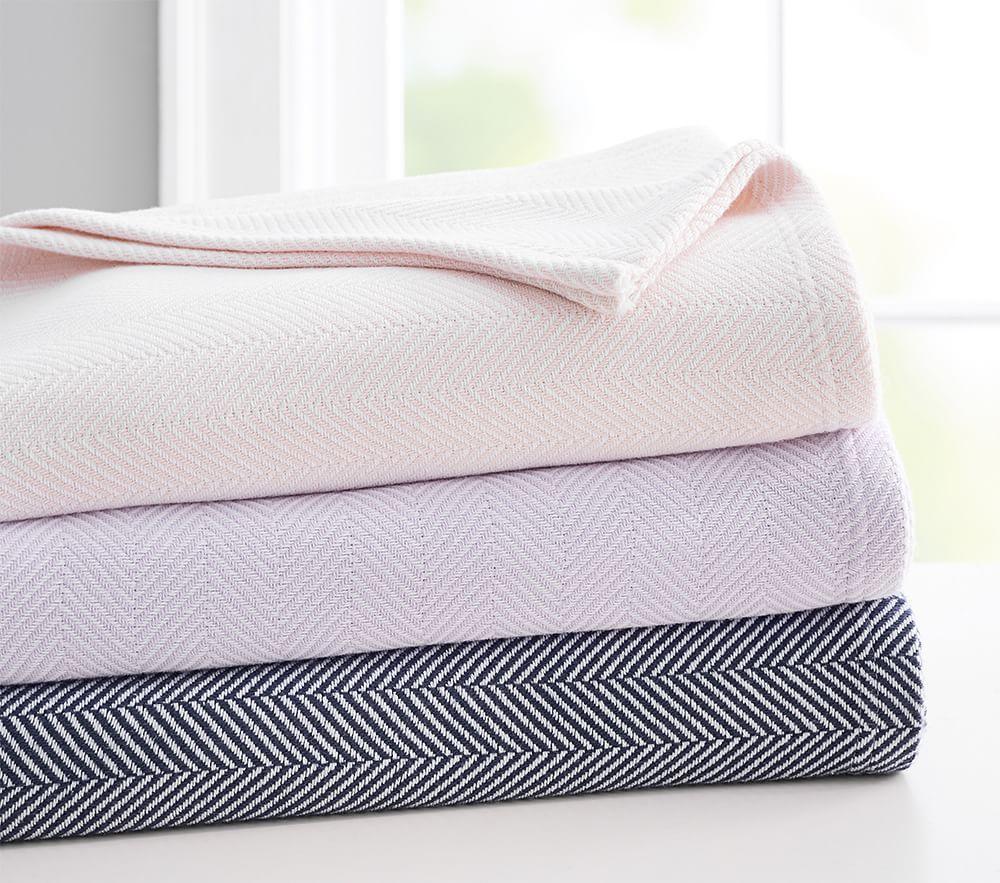 Organic Herringbone Bed Blanket