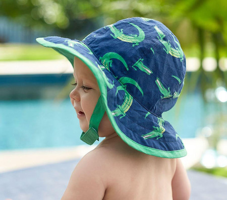 Alligator Reversible Hat & Nappy Cover