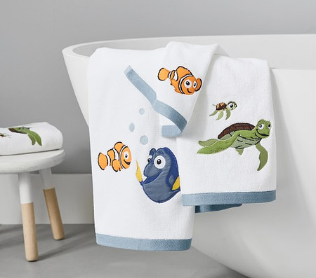 Disney and Pixar Finding Nemo Towel Collection