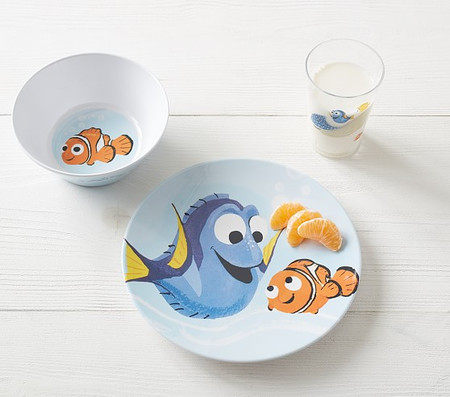 Disney and Pixar Finding Nemo Tabletop Gift Set