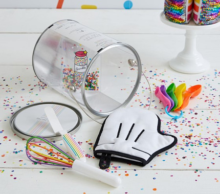 FLOUR SHOP Baking Play Set
