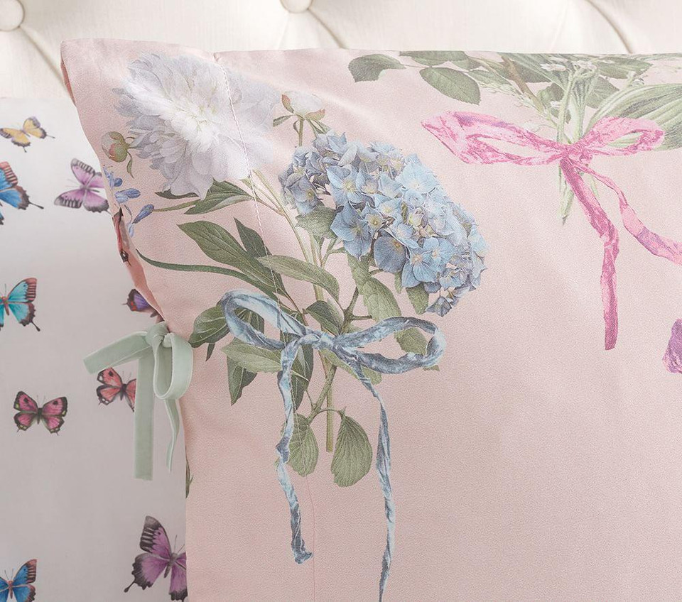 Monique Lhuillier Organic Sateen Floral Bouquet Quilt Cover